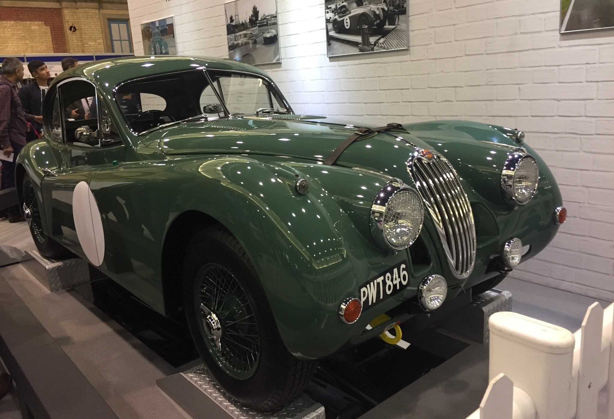 classic and sports car london show jaguar xk120