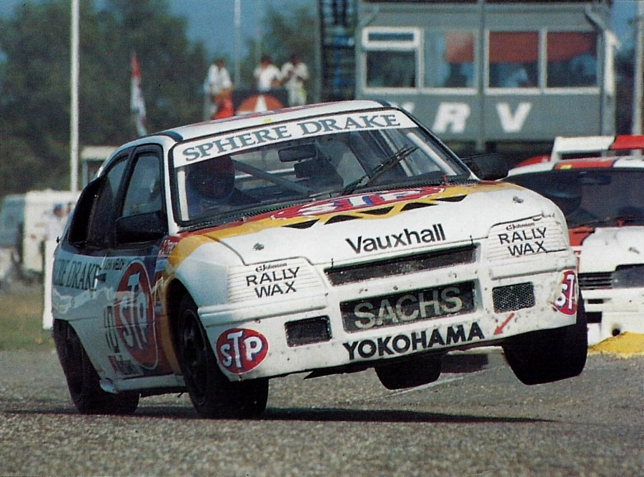 John Welch's Mk2 Astra made use of a turbocharged version of the Manta 400 engine, and the result was a 600bhp+ monster