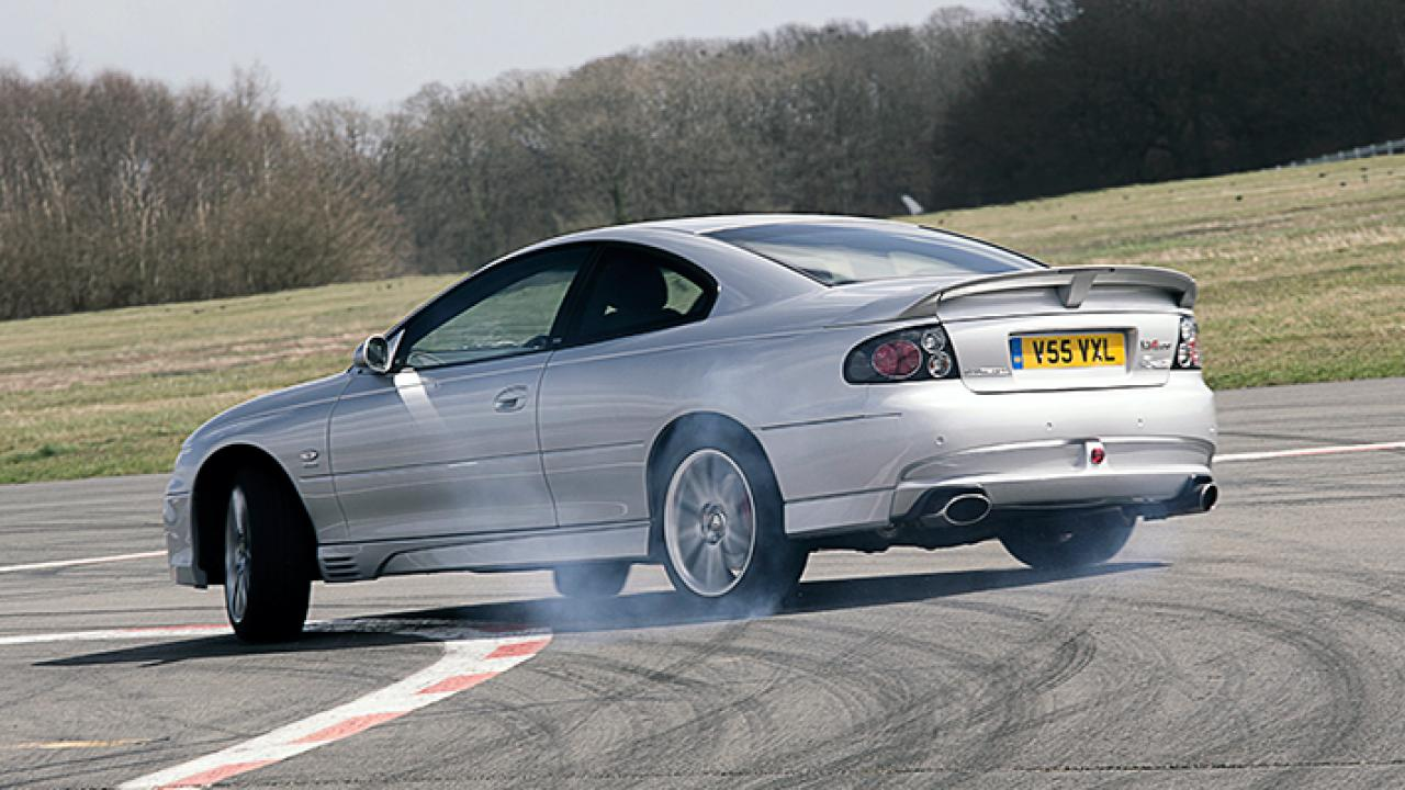 500bhp and rear-wheel drive mean that it isn't hard to get the Monaro VXR to do this