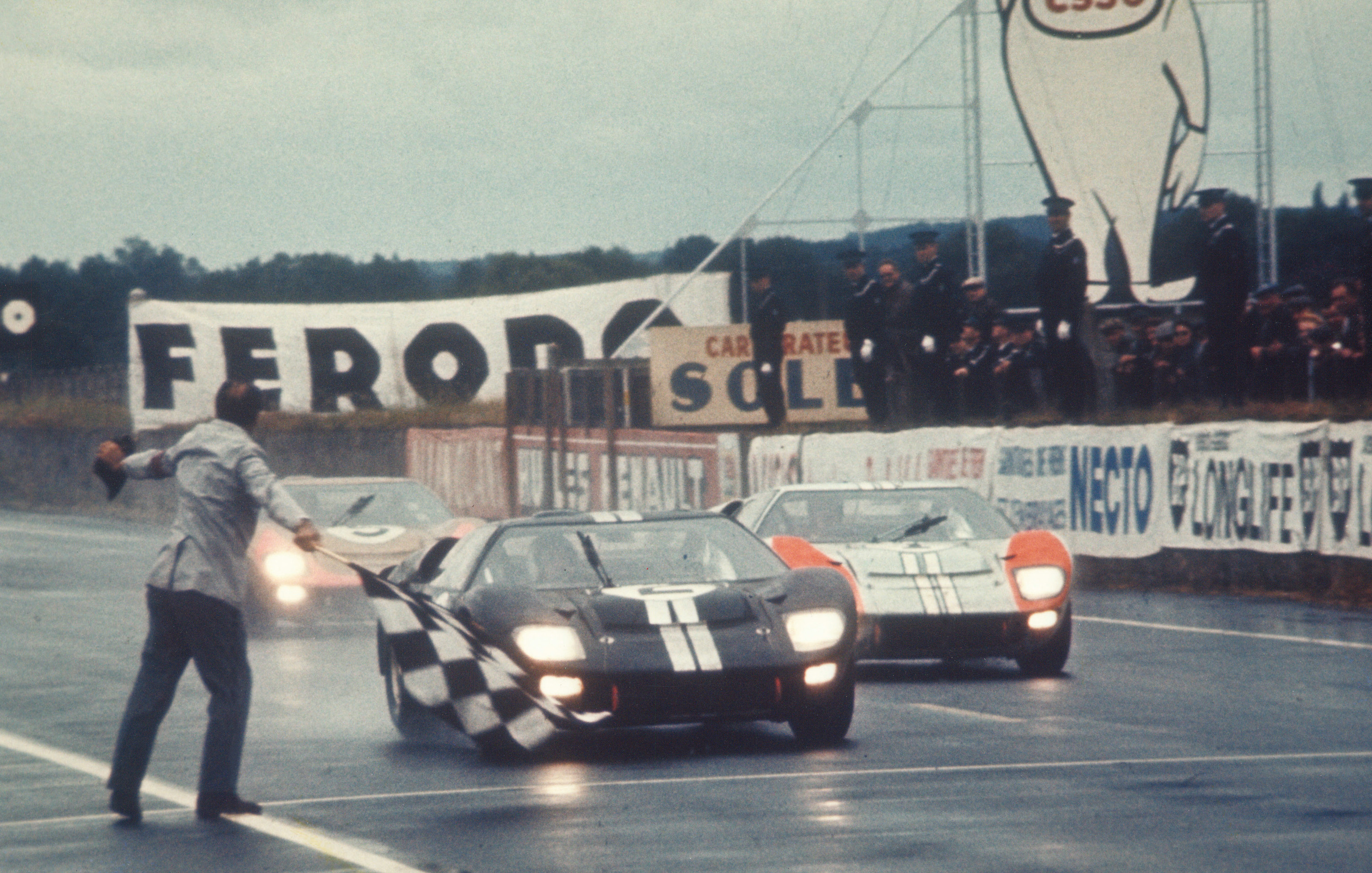 The faltering Ferrari charge allowed Ford it stage this perfectly choreographed finish to the 1966 Le Mans 24 Hours