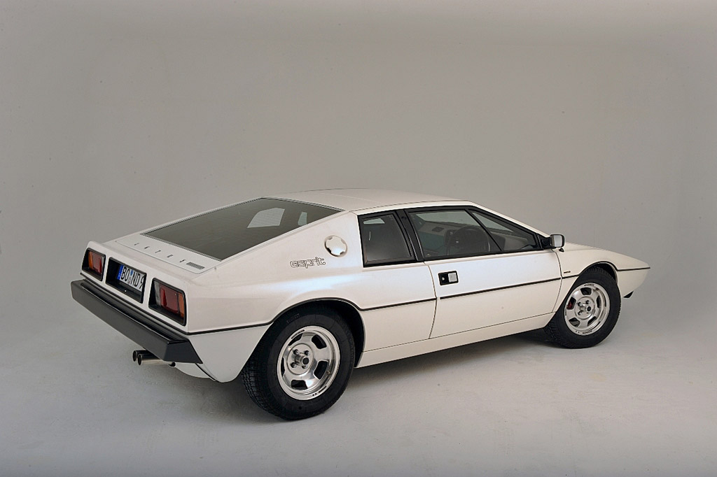 British Leyland's Marina door handles eventually found their way onto the S1 Lotus Esprit